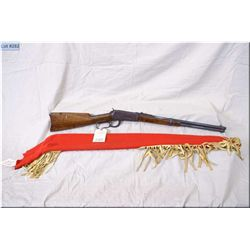 """Winchester mod 1894 Circa 1911  .25-35 WCF cal lever action saddle ring Carbine w/20"""" bbl [ fading p"""