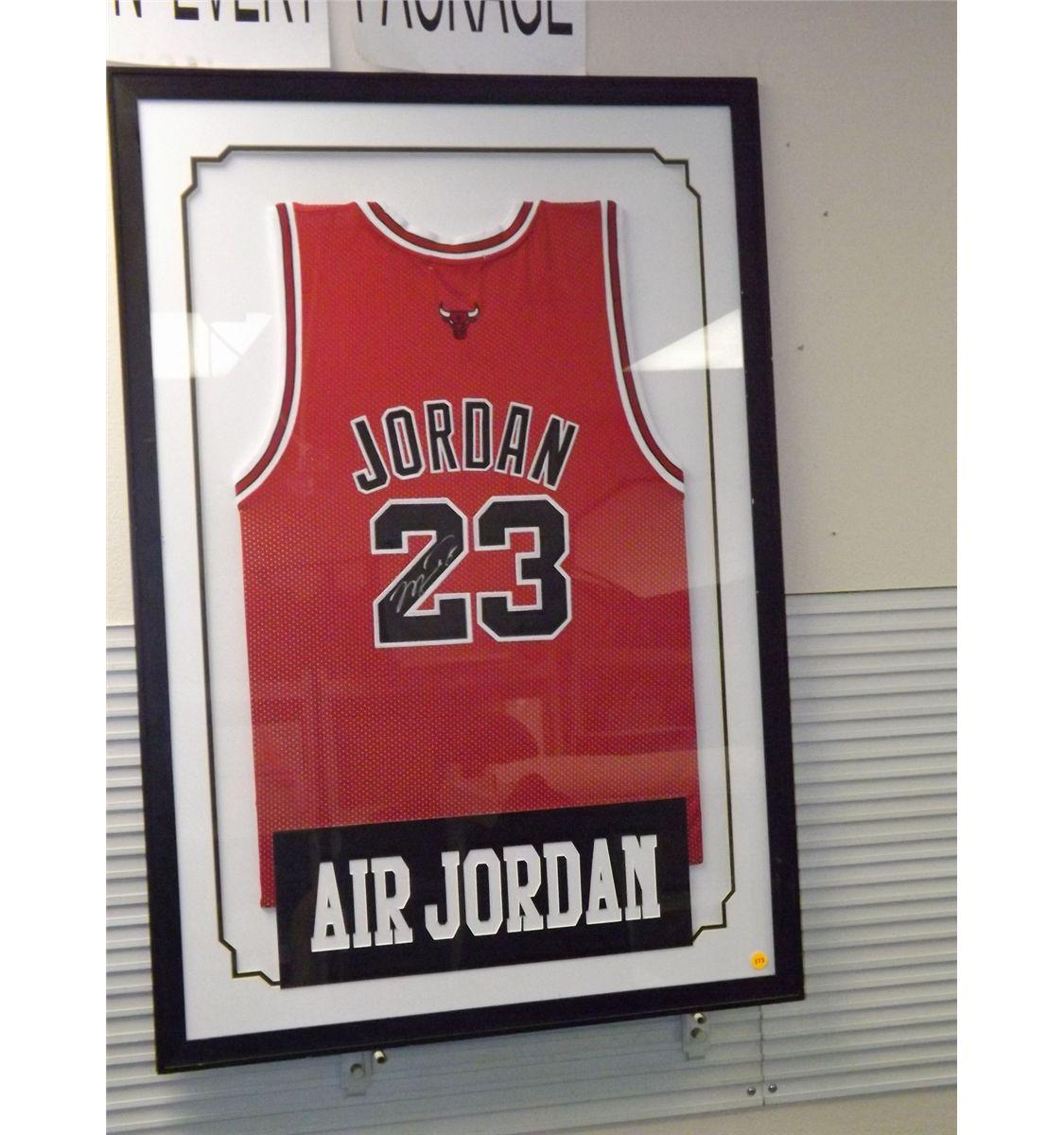 ce09ff4351c801 Image 1   Michael Jordan Autographed Jersey. Framed Chicago Bulls  23 Basketball  Jersey
