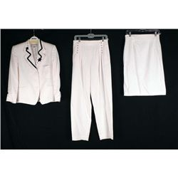 Crisca 3 Pc White Ladies Vintage Suit w/Coat Sz 40