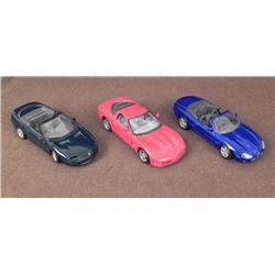 3 VINTAGE MAISTO DIECAST METAL CARS JAGUAR, CORVETTE