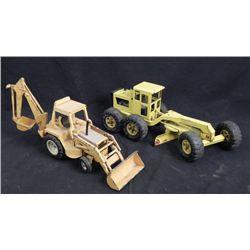 2 Vintage Toy Trucks Tonka Grader, Internatl Harvester