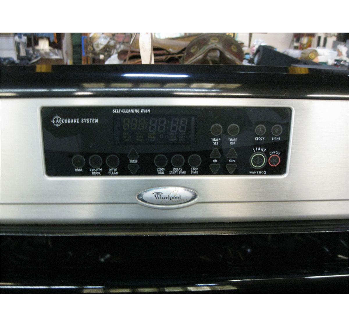Whirlpool Gold Accubake Gas Stove  Oven