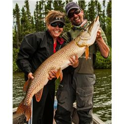 4-day Manitoba Pike and Walleye Fishing Trip for One Angler