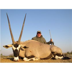 10-day Namibia Plains Game Hunt and Taxidermy Credit for One Hunter and One Observer