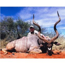 7-day Namibia Plains Game Hunt for Two Hunters and Two Observers