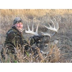 5-day Wisc. White-tailed deer Hunt for 175 Buck for One Hunter and One Observer