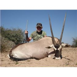 7-day Namibia Plains Game Hunt and Filming for One Hunter and One Observer