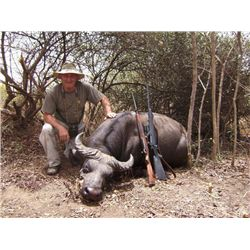 10-day Cameroon Roan and Savanna Buffalo Hunt for One Hunter and One Observer