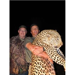 14-day Namibia Leopard Hunt for One Hunter and One Observer