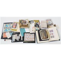 Large US Stamp Collection -