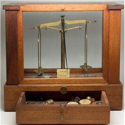 Seederer-Kohlbusch Analytical Balance Scale with Weights - Jersey City, NJ