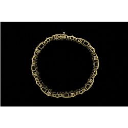 BRACELET: Mens 10ky&w diamond cross link bracelet; 748 rd dias, 0.8mm = est 6.00cttw, Fair-Poor/H-L/