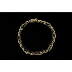 BRACELET: Mens 10ky&w diamond cross link bracelet; 748 rd dias, 0.8mm = est 6.00cttw, Fair-Poor/H-L/