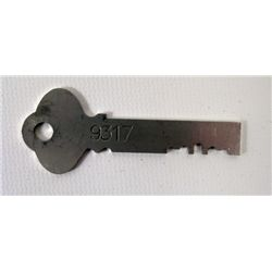 Red 2 Victoria (Helen Mirren) Safe Key Movie Props