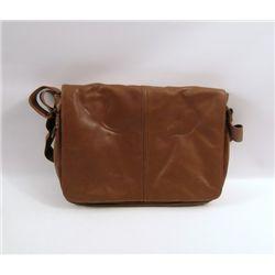Transcendence Evelyn Caster (Rebecca Hall) Bag Movie Props