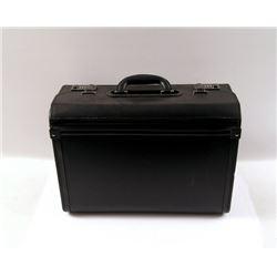 Mortdecai Martland (Ewan McGregor) Hero Briefcase Movie Props