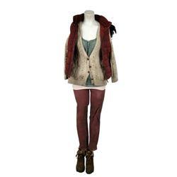 Falling Skies Episode 501 Evelyn (Taylor Russell) Movie Costumes