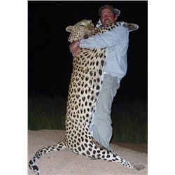 10-day Namibia Leopard Hunt for One Hunter and One Observer