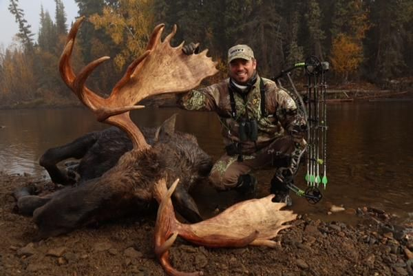 Hunter Day Yukon >> 10 Day Yukon Hunt With Choice Of Dall Sheep Grizzly Bear Or Yukon