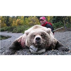 10-day Alaska Brown Bear and Wolf Hunt for One Hunter