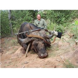 6-Day/7-Night Cape Buffalo Hunt for One Hunter and One Non-Hunter in South Africa - Includes Trophy