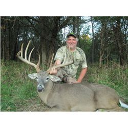 3-Day Whitetail Deer Hunt for One Hunter in Texas - Includes Trophy Fee