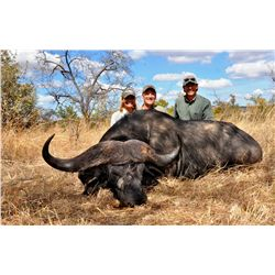 7-Day Cape Buffalo and Plains Game Hunt for One Hunter in Maasailand, Tanzania