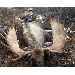 10-Day Moose Hunt for One Hunter in the Yukon Territory