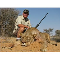 7-Day Lioness Hunt for One Hunter and One Non-Hunter in South Africa - Includes Trophy Fee