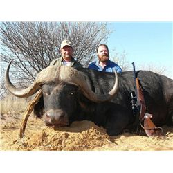 7-Day Cape Buffalo Hunt for One Hunter and One Non-Hunter in South Africa - Includes Trophy Fee