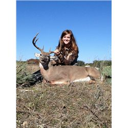 2-Day Whitetail Deer Hunt for One Hunter and One Non-Hunter in Texas - Includes Trophy Fee and Taxid