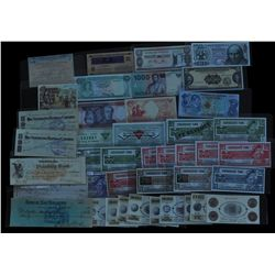 Decent Lot of Foreign Currency, Canadian Tire, etc...
