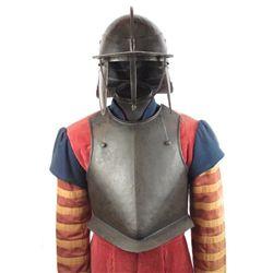 AN ENGLISH CIVIL WAR CUIRASSIER?S ARMOR