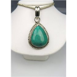 Attractive Turquoise and Silver Pendant