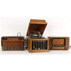 Lot of (3) Vintage Radios