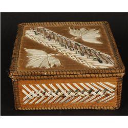 Iroquois Birch Bark & Porcupine Quill Box