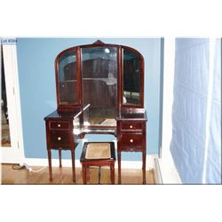 Swing mirrored vanity and bench to match lot 393