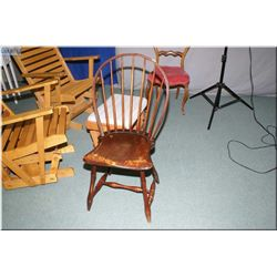An antique Windsor side chair