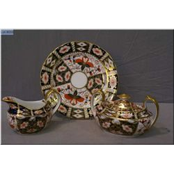 Royal Crown Derby Traditional Imari lidded sugar and cream plus one side plate
