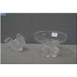 Two pieces of Lalique glass including bird motif comport and a bird figurine