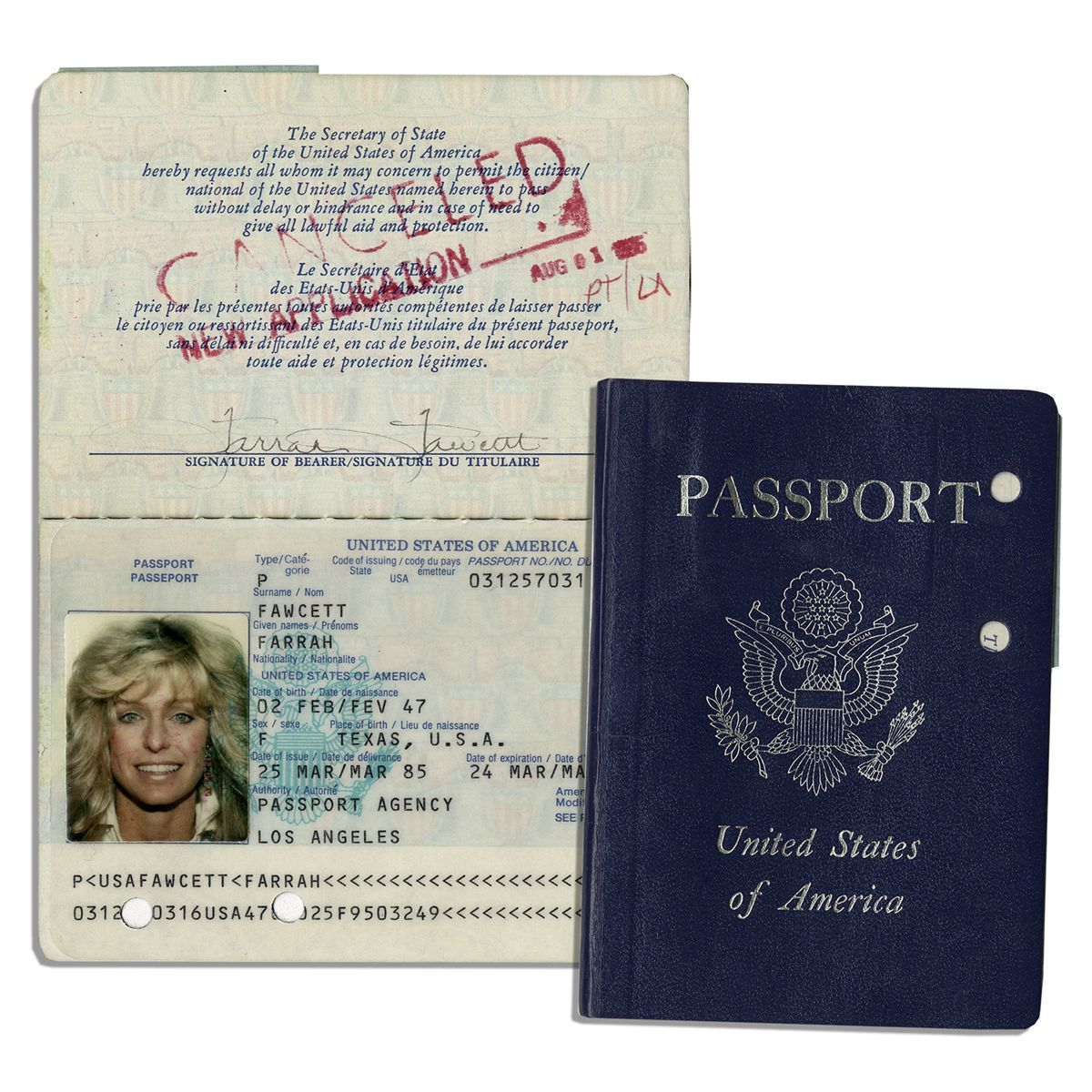 Fawcett's Color Photo amp; -- Signed Farrah With Passport Lovely Twice