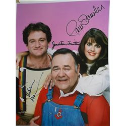 Robin Williams, Pam Dawber, Jonathan Winters  Mork and Mindy  Signed 11x14 Photo