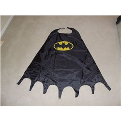 BATMAN CAPE FROM PARAMOUNT SIX FLAGS MAGIC MOUNTAIN NO RESERVE!