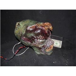 ALTERED ALIEN SCREEN USED & MATCHED ANIMATRONIC CREATURE HEAD WITH SKIN MASK