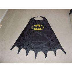 BATMAN CAPE FROM PARAMOUNT SIX FLAGS MAGIC MOUNTAIN NO RESERVE!