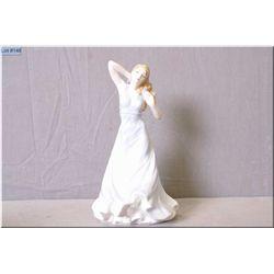 "Royal Doulton figurine ""Contentment"" HN4611"