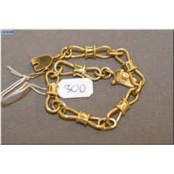 "Lady's vintage 18kt yellow gold custom made bracelet, 7"" in length. Retail replacement value $2,973."