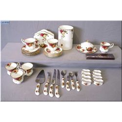 A selection of Royal Albert  Old Country Roses  including napkin rings, napkin holder, flatware cyli