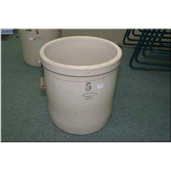 Five gallon Medalta crock