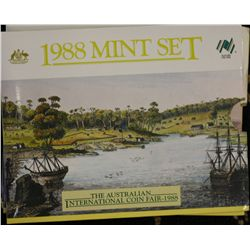 Mint Sets 1988 (5), 2 are coin Fair